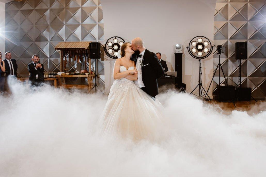 zjawiskowy pierwszy taniec w chmurach, Hotel Eco w Łowiczu