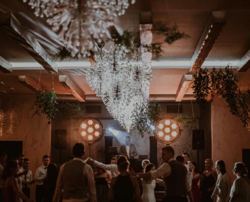 wybór dja na wesele | DJ na wesele rustykalne